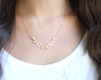 Laurel Wreath Necklace - Gold or Silver Plated | 14k Gold Fill or Sterling Silver Chain