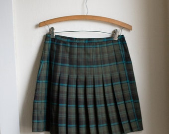Vintage 90's Plaid High Waisted Green Skirt // GRUNGE High Waist Mini Wrap Skirt -  27 inch Waist