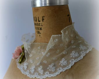 Boho Chic Lace Collar, Shabby Victorian Lace Scarf, Tattered, Raw Edge Style, Victorian Steampunk Scarf