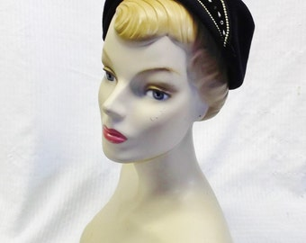 40s 50s Vintage Dark Blue Velour Cocktail Hat with Rhinestones Pearls Size 23 Large