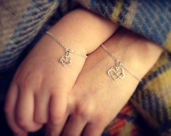 Mother Daughter Bracelet Gift Set, Two infinity bracelets, Mother's day gift, Mother and child, Infinite love, briguysgirls
