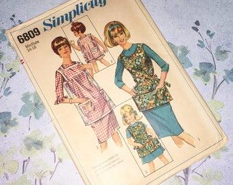 Simplicty 6809 Apron Cobbler Smock Vinyl Cobbler Smock Misses Vintage 1960s Sewing Pattern Size M  14 - 16 UNCUT