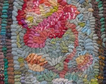 Karen Kahle's rug hooking and punchneedle embroidery PDF//Hotnail Vase