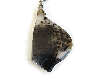 Spotted Agate Drop Pendant Necklace Vintage Black, Brown & Translucent