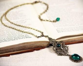 Renaissance Necklace, Emerald, Tudor, Medieval Jewelry, Ren Faire, Garb, Victorian Pendant, Handfasting, Renaissance Jewelry, Avalon Pendant