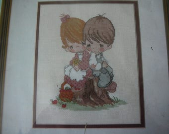 """Precious Moments """"Love One Another"""" Counted Cross Stitch Kit #131-33 - NIP"""
