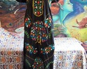 Mexican Dress, Embroidered Mexican, Black Mexican dress, Frida Kahlo dress, size M