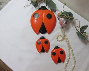 Ladybugs Set of 3 Chalkware Wall Plaques Miller Studio Look