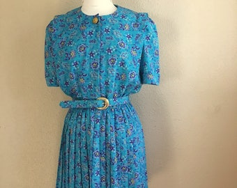 Vintage SKY Blue Floral PLEATED Dress With Matching Belt / 1980s Lady Carol Of NY / Womens Medium Large