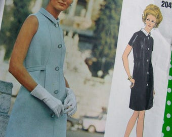 UNCUT * 1960s VOGUE Couturier Design Pattern 2041 - Italian Designer Federico Forquet - ELEGANT Little Black Dress * Size 10, bust 32.5
