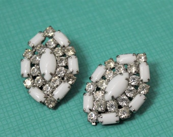 Midcentury Art Deco Milkglass & Rhinestone Clip-on Earrings
