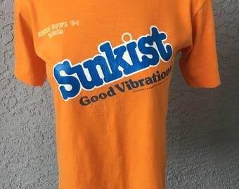 Sunkist 1984 Good Vibrations soft vintage tee shirt - size small