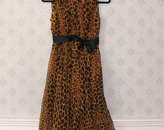 Vintage Saks Fifth Avenue Pleated Sleeveless Silk Animal Print Dress