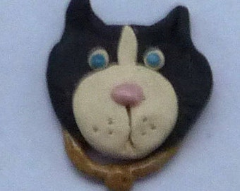 Black and White Kitty Cat  Brooch