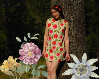 Size Medium... Vintage 60s Floral Dress... 1960s Floral Mini Dress... Spring Fling
