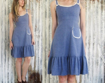 Vintage 70's Chambray Jean Dress / Denim Prairie Folk Midi Dress / Boho Hippie Festival Women XS