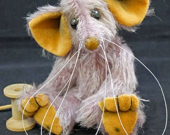 Tayberry a Traditional Mousebear. A mohair Artist Bear  By Bears of Bath  5.5 inches