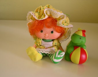 Vintage Strawberry Shortcake Apple Dumpling Party Pleaser Doll with Teatime Turtle 1984