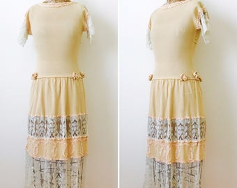 Vintage 1920s Lace Dress/Apricot Color/Ruched Ribbon/Vintage wedding dress/Ribbon flowers