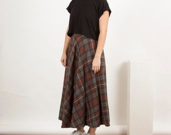 Wool Plaid Pleated Skirt / Ralph Lauren High Waisted Skirt / Full Circle Midi Skirt