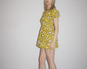 Vintage 1960s Micro Mini Daisy Sun Flower Floral Baby Doll Festival Dress - Vintage 60s Dresses - WD00653