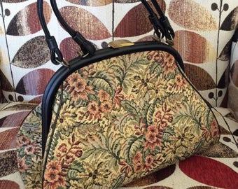 Vintage 1950s Handbag Purse Pocket Book By Verdi LARGE Size Floral Fabric With Vinyl 4 Metal Feet Double Handles