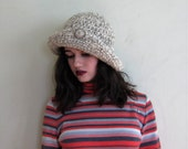 Vintage 1970s Wool Knit Hat / 70s Slouchy Soft Brimmed Hat in Grey and Cream
