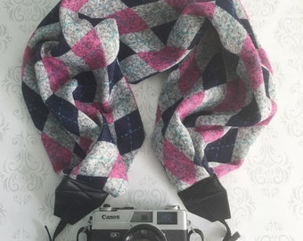 Sweater Scarf Camera Strap, DSLR Camera Strap, Winter, Extra Long, Nikon, Canon, DSLR Photography,  Gift Photographer - Pink Argyle