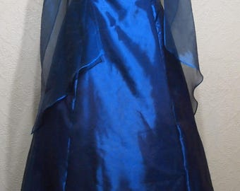 very pretty SAPPHIRE BLUE GOWN with shawl brides maid dress dress prom dress size 12 blue organza dress