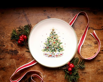 Vintage Salem Christmas Eve Plate - Perfect for Cookies and Milk for Santa!