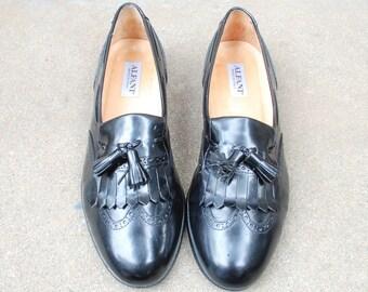 Vintage Mens 11m Alfani Italian Slip on Loafers Loafer Oxfords Brogues Wingtips Fringe Tassel Kiltie Black Leather Classic Dress Shoes Mod