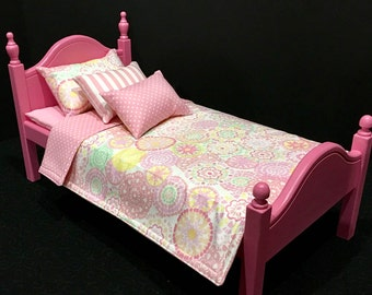 American Girl Doll: Doll Furniture, Bed and cotton candy doll bedding.