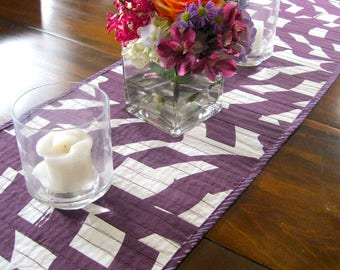 Quilted table runner • Marimekko table runner  • purple Marimekko fabric • Finnish table decor • gift for mom • modern table runner