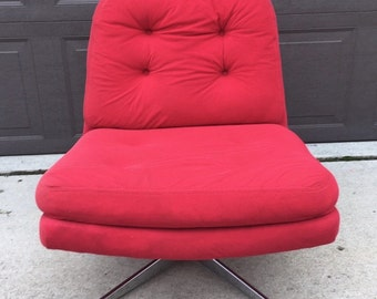Mid Century Chair, Lounge Chair, Swivel Chair, Made in Sweden, Chrome Base, Red Chair