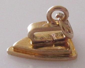 9ct Gold Laundry Iron Charm or Pendant