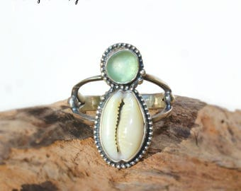 Hawaiian Ring Top Cowry Shell & Small Aqua Beach Glass Set in Sterling Silver Handcrafted Ring - Size 7.25