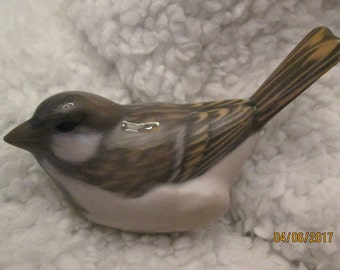 bird, sparrow, Royal Copenhagen # 1081 u under k- dated to 1957 -