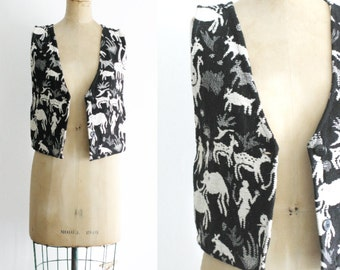 Vintage 1990s Tapestry Vest 90s Tapestry Vest 90s Vest 90s Womens Vest Woolly Mammoth Vest Caveman Vest Black and White Vest Medium