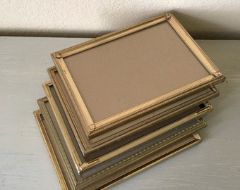 5x7 Set of 5 Vintage Picture Frames / Lovely Gold Tone Metal With Filigree / Perfect For Wedding Table Numbers / Antique Home Decor