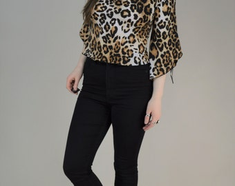 90s Leopard Print Angel Sleeve Blouse Top S / M