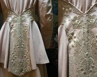 Extraordinary Pink Fine Wool and Velvet 1910-1913 Walking Suit Princess Jacket Fabulous Embroidery, Dressmaker Details, Skirt Petite