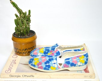 1950's/60's Wellco butterfly print slip on flats / vintage terrycloth loafers