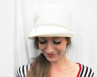 1960s Mod White Gogo Hat Vintage Sixties Atomic Space Age Austen Powers Twiggy Costume Doris Designed Millinery Fashion Union Made Accessory