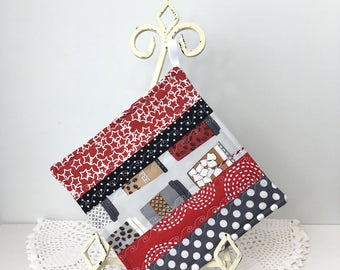 Scrappy Diva Hot Pad - Coffee Clutch Cotton Quilted Kitchen Pot Holder - Quilted Hot Pad