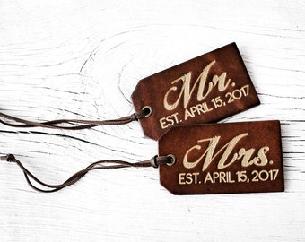 Mr and Mrs Gift SET of TWO Personalized Luggage Tags Couples Gift Set with Wedding Date, Last Name His and Hers Leather 3rd Anniversary Gift