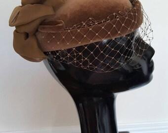 Vintage 1980s Kangol Brown Velvet Hat Netting wedding (5076)