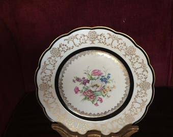 Scallop Floral German Porcelain Royal Bayreuth plate