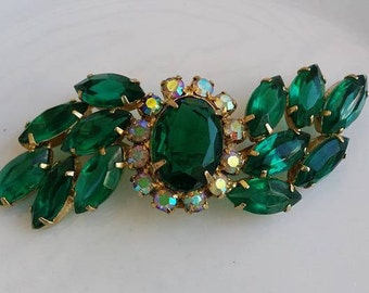 Vintage brooch green and aurora borealis glass beads
