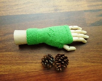 Fingerless gloves - womens gloves green - wrist warmers - emerald green gloves