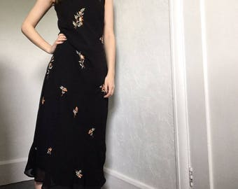 Vintage Embroidered Floral Black Maxi Dress